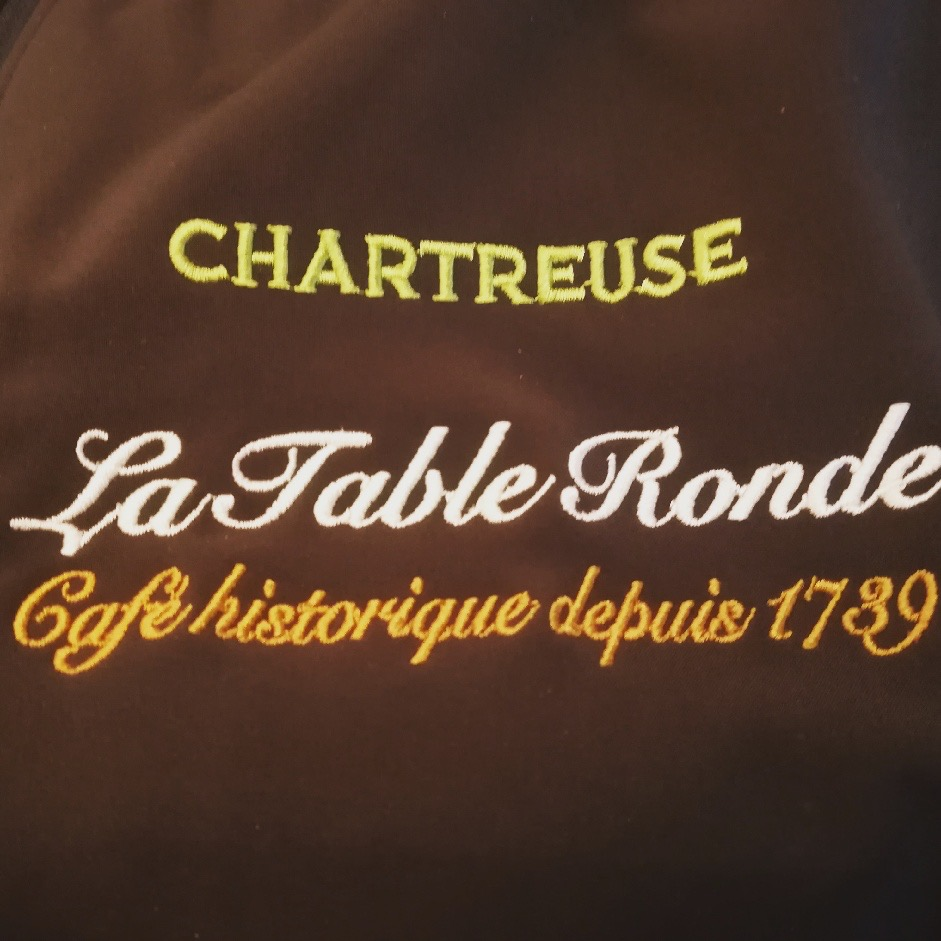 Broderie La Table Ronde